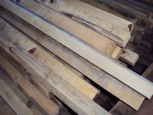madeira pinheiro